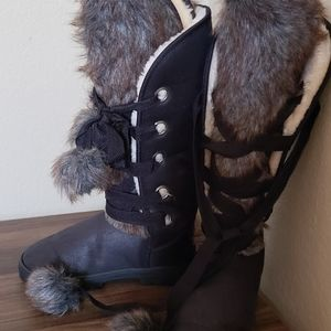 Winter Fuzzy Boots